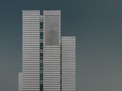 spielfeld? | berlin | 1802 (feliksbln) Tags: berlin himmel blau sky blue cielo azul edificio residencial residential building gebäude wohnhaus fenster ventanas windows geometrie geometry geometría lines linien líneas wiederholung repetition repetición fassade fachada facade front architektur architecture arquitectura abstract abstrakt abstracto asymmetrya abstracture