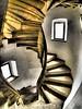 Oben ist Unten oder ? (MR.PERSPEKTIVE.FOTO) Tags: wendeltreppe treppen