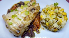 #140418 #jantar #bacalhau assado e #cuscus marroquino #dinner #roasted  #codfish #marroc cuscus (i cook my meals daily) Tags: cuscus 140418 bacalhau jantar dinner marroc codfish roasted
