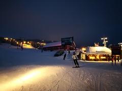 Last run at the Fjellekspressen (A. Wee) Tags: 特利西尔 trysil norway 挪威 fjellekspressen turistsenter skiresort 滑雪场