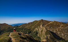 On the summit (Alessandro Iaquinta) Tags: landscape canon ita italia appennino colors pic picoftheday 5dmarkiii 5d 5d3 fullframe dslr eos picture