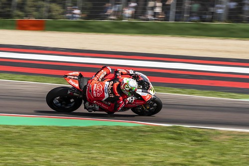"WSBK Imola 2018 • <a style=""font-size:0.8em;"" href=""http://www.flickr.com/photos/144994865@N06/41465619165/"" target=""_blank"">View on Flickr</a>"