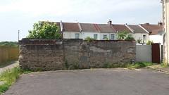 Old Forton wall (mr broddy) Tags: gosport forton wall boundary street house concrete brick roof tile dish aeriel gate lamppost asphalt bitumen terrace