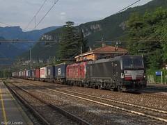193 670 + 193 555 TX Logistik (nlovato96) Tags: siemens vectron x4e 193 670 offroad mrce alphatrains 555 txl tx logistik peri brennerbahn padborg verona qe quadrante europa tec intermodal train guterzug