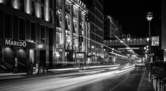The Silver Night (The Street Sniper) Tags: mirrorless xe3 35mm fujifilm friedichstrasse stadt ciudad city urbanelandschaft urbanlandscape paisajeurbano oscuro dark dunkel abend strasse gebäude buildings edificios autos cars carros largaexposicion longexposure luces monocromo blancoynegro schwarzundweiss blackandwhite fotografiacallejera streetphotography street calle urbano urban alemania deutschland germany berlin night monochrome light luz licht