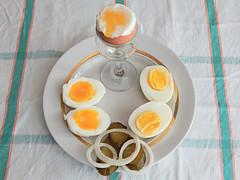 три-яйца-огурцы (Horosho.Gromko.) Tags: egg eggs cooking breakfast boiledeggs яйца рецепт книгаовкуснойиздоровойпище кухня еда food