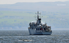 HMS Hurworth (Zak355) Tags: rothesay isleofbute bute scotland scottish navy royalnavy minesweeper minehunter ship shipping boat vessel riverclyde hmshurworth m39 training exercise