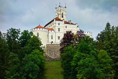 Dark clouds and Trakoscan Castle (II) (ARKNTINA) Tags: europe croatia hr18 eur18 random6 castle medievalcastle trakoscan trakoscancastle museum building