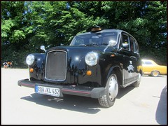 Carbodies Fairway Driver (v8dub) Tags: austin f x 4 black cab london taxi carbodies allemagne deutschland germany niedersachsen british pkw voiture car wagen worldcars auto automobile automotive youngtimer old oldtimer oldcar klassik classic collector osterholz scharmbeck