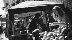 London Run & Gun //  Zeiss Planar 50mm f/2 ZM, Sony A7 (klyuen) Tags: carlzeiss zeiss sony a7 alpha sonya7 sonyalpha zeisscameralens carlzeisscameralens street streetphotography candid blackandwhite blackwhite bw bnw monochrome rungun market marketplace weekend london britain uk england europe travel travelphotography planart250 planar planar502zm 50mm planar50mmf2zm zm bokehlicious bokehful bokeh fruit stall store juice fresh people pedestrain shoppers shopping klyuen klyuencom