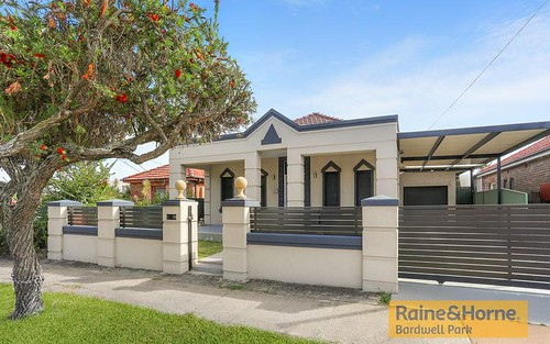 351 William St, Kingsgrove NSW 2208