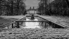 Château du bois vert. (musette thierry) Tags: château bois vert monochrome noiretblanc musette thierry d800 parc jardin architecture chateau france hautsdefrance nikon