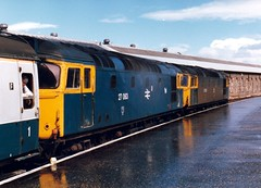 27055 & 27063 Inverness (dhtulyar) Tags: teacup tiptop 27 sulzer mcrat 27055 27063 srps inverness