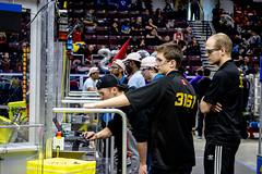 IMG_7877 (holytrinityrobotics) Tags: oakville omgrobots light event coverage robot robotics hersheyscentre gold mechanical electrical pneumatics onchampsfrc first firstcanada frc ontario tronic titans