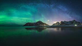 Milky way + aurora borealis