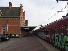 Station Essen (B) (Polaroyd7) Tags: station bahnhof gare essen belgië belgium belgique belgien vlaanderen flanders flandre flandern grens grenze border frontière nmbs sncb roosendaal trein train zug bahn