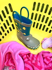 Welly sorts the washing (JulieK (thanks for 6 million views)) Tags: hwwhdt welly wellingtonboot fun hww heom laundry washing basket colourful silly 2018onephotoeachday iphonese