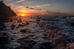 Frisches Ostseewasser (LB-fotos) Tags: water wasser wellen balticsea ostsee stones sunset sonnenuntergang coast küste beach sun nature natur waves