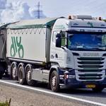 AU74177 (17.08.25, Motorvej 501, Viby J)DSC_6071_Balancer thumbnail
