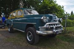 Early Chevrolet SUV (Triple-green) Tags: 2018 carlzeiss chevrolet flektogon420 fujifilm fujifilmxpro1 kaunitz lensturbo sonntag strasenkreuzertreffen zhongyilensturboii