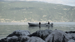 fishing in Gargnano (jannebaer) Tags: fischer fishing gargnano gardasee lagodigarda