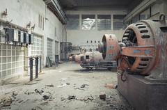 Machinery (ProfShot - Perry Wiertz) Tags: urban urbex urbenexploring machines machineroom controlroom controls controller machinery industrial industry dust rust old metal hidden lost forbidden forgotten haunted derelict generator