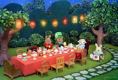 Sylvanian Families - The tea party (Sylvanako) Tags: sylvanian teaparty tea party alice wonderland birthday mad hatter diorama miniature