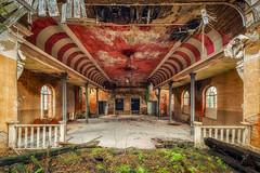 Hypnosis (Photonirik) Tags: magicmoments urbex decay urban exploration oblivion abandoned abandonné oubli forgotten ue dust