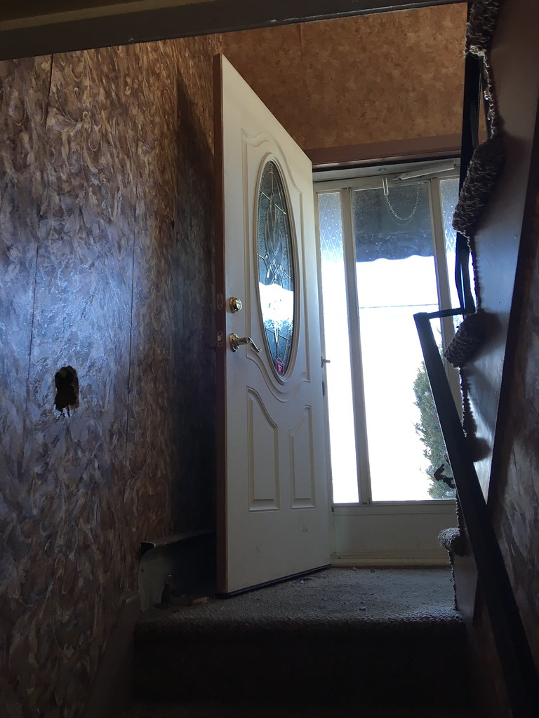 285 Loudon Road, Concord, NH Front Door (austindodgephotography) Tags: architecture architektur