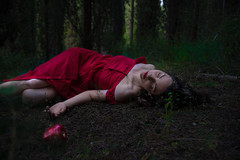 snow white (nancy_rass) Tags: woman snow white forest fairytale magical apple red dress concept sleeping dead poison pose lying atmospheric nikon d750 vibrance aesthetic garden secret daydreaming