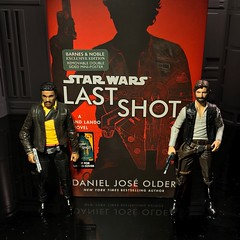 Finished this book and just watched Solo! Pretty cool I liked it. (chevy2who) Tags: lando blackseries series black book toyphotography toy starwars hansolo solo han wars star