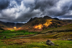 Passing Light (Pete Rowbottom, Wigan, UK) Tags: light mountains flickr sun clouds landscape cloudscape langdale lakedistrictnationalpark wideangle dramatic lightshafts drama lakeland littlelangdale langdalepikes stormclouds weather nikond750 sunlight cumbria uk england greatbritain valley glacial highlights beautiful lakesphoto visitbritain thelakedistrict photography red yellow green art spring contrast detail landschaft