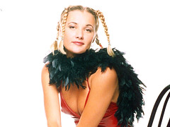 Whigfield in vinyl dress (Vinyl Beauties) Tags: whigfield vinyl pvc plastic dress 1994 1990s fashion beauty sexy celebrities eurodance saturdaynight lack plastik lackkleid mode
