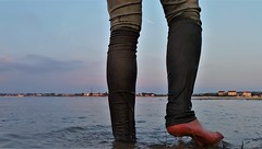 beach (marcostetter) Tags: barefoot bluejeans beach jeans wetjeans wet wetclothing wetlook wetclothes water walking nature landscape levis selfie