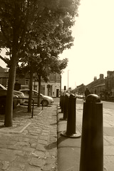 Main st, Glossop town centre.  May 2018 (dave_attrill) Tags: cobbledroad bollards sepia derbyshire peakdistrict towncentre glossop may 2018