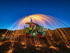 Flying sparks (Stephen Elliott Photography) Tags: peakdistrict derbyshire night light painting wire wool spinning machinery olympus ledlenser