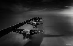Kühlungsborn - Ostsee - Maroder Steg (Pana53) Tags: photographedbypana53 pana53 naturundlandschaftsfotografie langzeitbelichtung longexposure steg marode verrostet kühlungsborn horizont schwarzweisfotografie lichtschatten deutschland mcpommtutgut mcpomm mecklenburgvorpommern designedbypana53 schatten ostsee balticsea himmel wolken sky clouds nikon nikond500