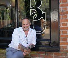 'pause-ciggie' (quietpurplehaze07) Tags: pauseciggie hairdresser frank bridgecuts salon