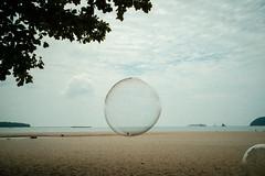 * (Sakulchai Sikitikul) Tags: sphere street streetphotography snap summicron songkhla sony a7s 35mm leica thailand seascape sea beach samilabeach