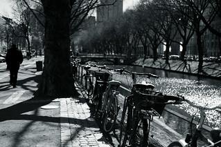 bike with bokeh@Kö, Düsseldorf 4