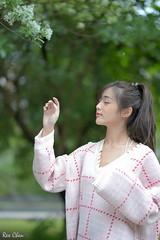 黃旺旺 (玩家) Tags: 2018 台灣 台北 台大 人像 外拍 正妹 模特兒 黃旺旺 戶外 定焦 無後製 無修圖 taiwan taipei portrait glamour model girl female vicky outdoor d610 85mm prime