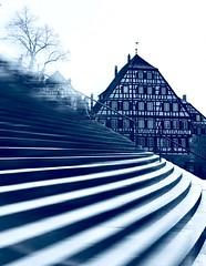 Time is running (bornschein) Tags: architektur people germany badenwürttemberg duplex stairs city marktplatz grosetreppe schwäbischhall