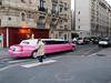 Véhicule long (Franco & Lia) Tags: street photographiederue fotografiadistrada paris parigi france francia véhiculelong