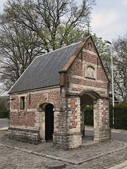 Salvatorkapel (Molenkapel) (Luc.T) Tags: belgium geotagged hoogstraat lebbekewieze vlaanderen kapel chapel molenkapel salvator