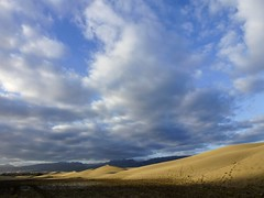 Dunas (John LaMotte) Tags: cielo sky dunas grancanaria islascanarias nwn nubes clouds infinitexposure