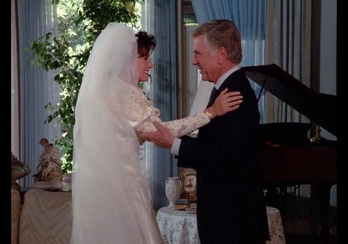 "Courteney Cox, Jackie Cooper, Murder She Wrote, ""Death Stalks the Big Top,"" 1986"