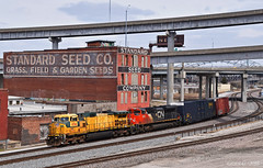 """Westbound Auto Train in Kansas City, MO (""""Righteous"""" Grant G.) Tags: up union pacific railroad railway cnw chicago northwestern cn canadian national ge emd power kansas city missouri west bottoms westbound"""
