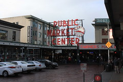 IMG_5421 (avsfan1321) Tags: seattle washington washingtonstate usa unitedstates unitedstatesofamerica pikeplace fishmarket sign neon