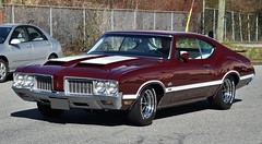 1970 Oldsmobile Cutlass S W-31 (Custom_Cab) Tags: 1970 oldsmobile olds cutlass s w31 w 31 holiday coupe 2door 2 door hardtop red car