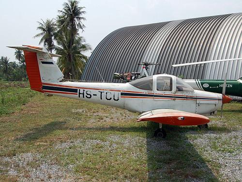 HS-TCU Piper Pa-38-112 Tomahawk